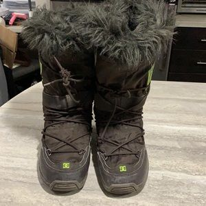 DC Snow Boots with Fur